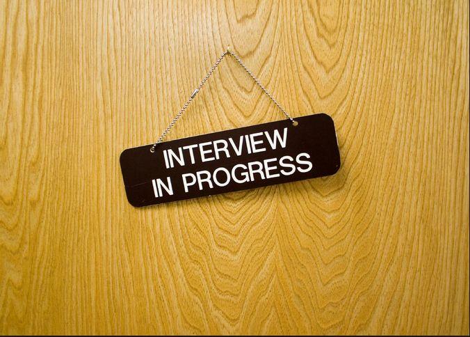 Cum să supraviețuiești unui interviu intern