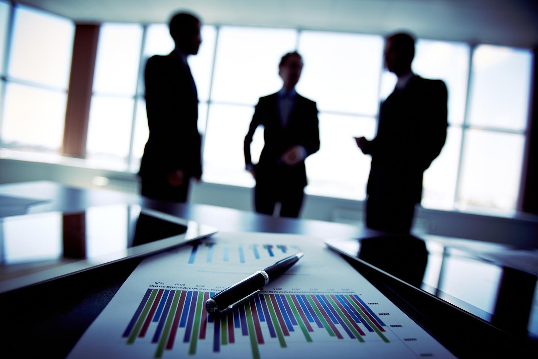 La ce poate folosi un program de  Business Awareness?