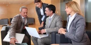 10 sectoare de activitate unde este concentrată 48% din forţa de muncă din România