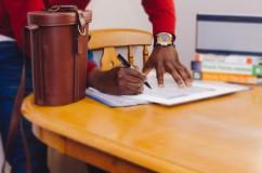 De ce să-ți schimbi jobul o dată la trei ani