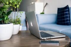 Angajații români se declară mai eficienți în timpul orele de lucru petrecute la birou, decât lucrând de acasă