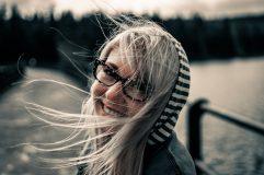 Cinci gesturi prin care scoatem fericirea la suprafaţă