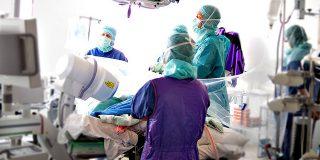 Un medic specialist roman solicita in medie o suma cu 33% mai mare decat bugetul alocat de catre angajator.