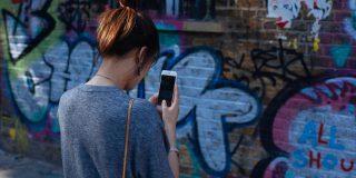 Feminismul în digital – controversă sau oportunitate?