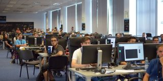 Scoala gratuita de programare ACADEMY+PLUS se deschide la Bucuresti