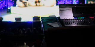 4 lucruri pe care le au in comun o emisiune TV si o afacere de succes