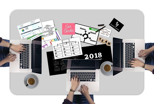 Tendinte si previziuni ale antreprenorilor romani pentru mediul de afaceri, in 2018