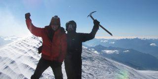Trei colegi din compania Luxoft au escaladat varful Mont Blanc.