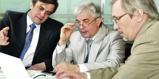 Procesul de evaluare sa implice discutii