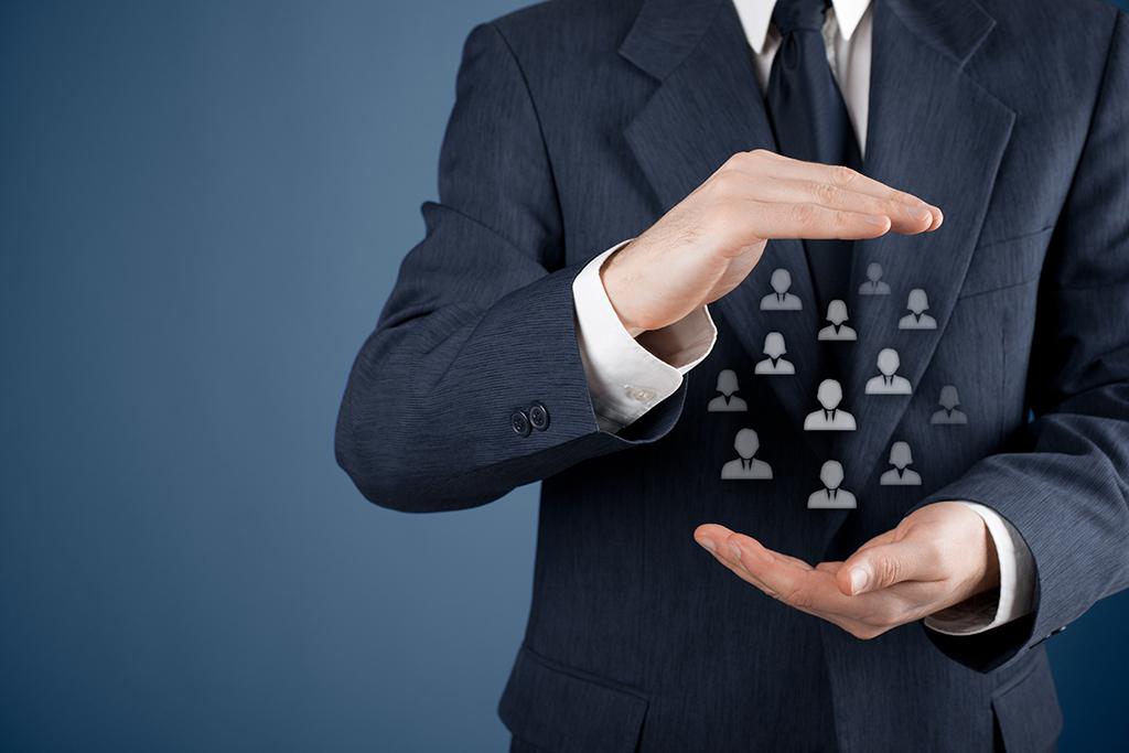 Cum împaci vânzătorii cu CRM-ul?