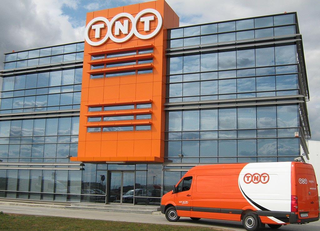 TNT România: Volumele de transporturi procesate au crescut cu 20% față de 2012