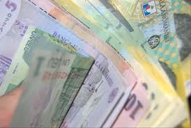 Studiu PwC România: Creşteri salariale în sectorul privat, mai mici în 2013