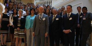 EY România - Zeci de absolvenți se alătură companiei