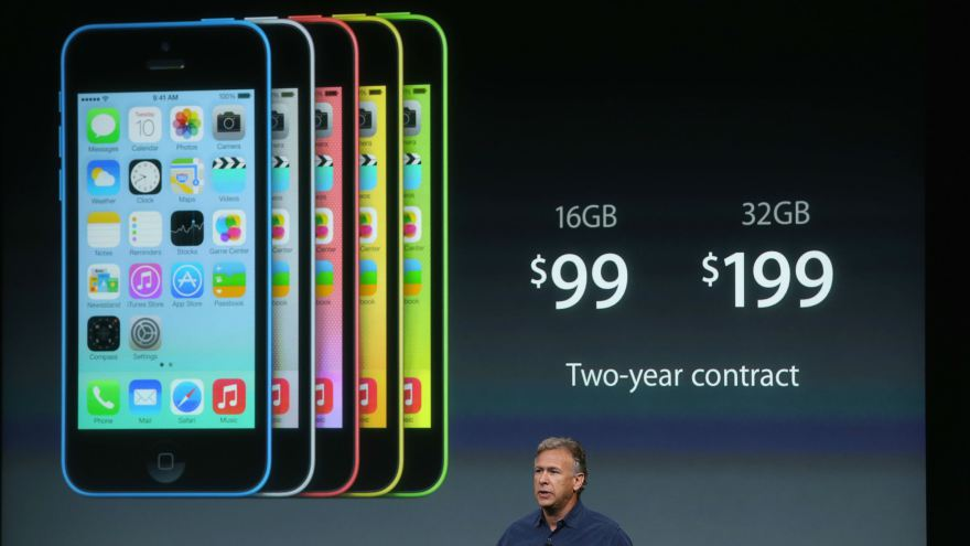 iPhone 5C - Strategia Apple de a lansa un smartphone ieftin, un eșec?