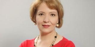 Elena Badea EY