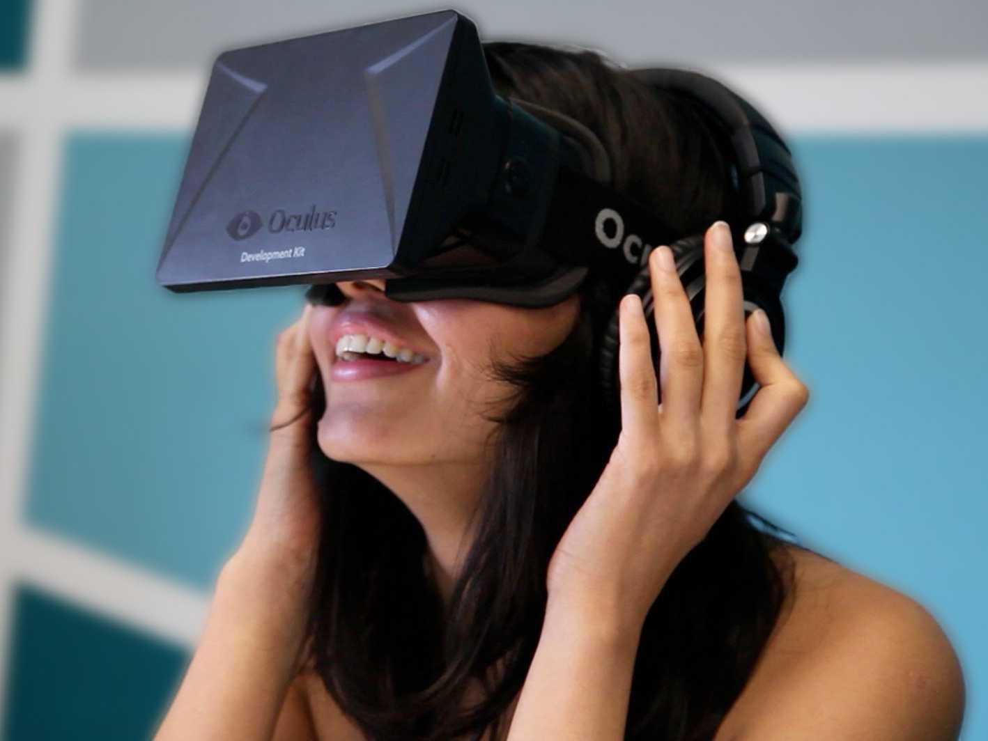 Zuckerberg considera ca achizitionarea Oculus Rift inseamna pasul Facebook catre a dezvolta economia cunoasterii, o investitie in viitorul computing-ului.