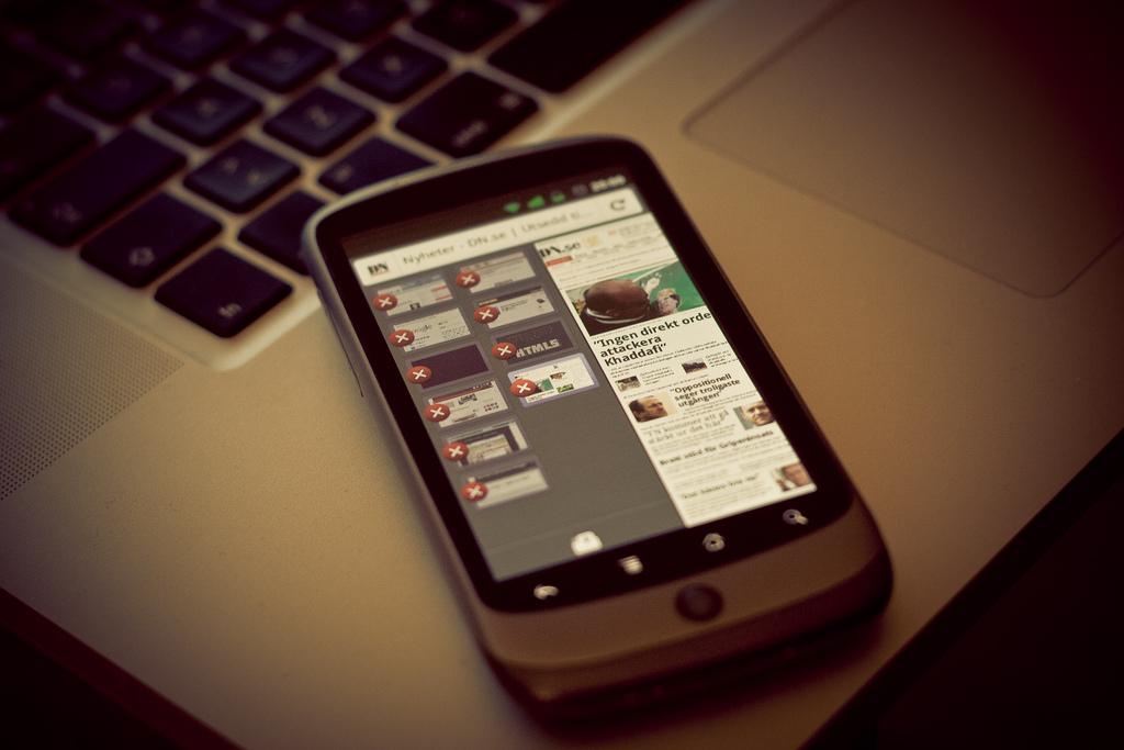 Cum isi aleg romanii serviciile de telecomunicatii: 90% vor un pret cat mai mic