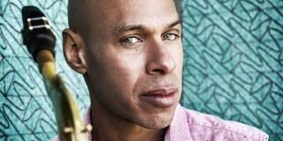 Saxofonistul american Joshua Redman concertează în premieră în Romania pe 24 martie