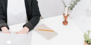Cum să ai un birou fără hârtii, în 8 pași