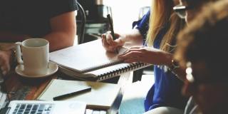 5 moduri pentru a îmbunătăți comunicarea internă
