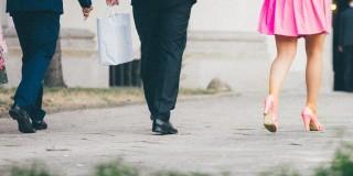 """Sondaj: """"Loializarea clienţilor"""" este încă un deziderat pentru mai bine de jumătate din companiile româneşti"""