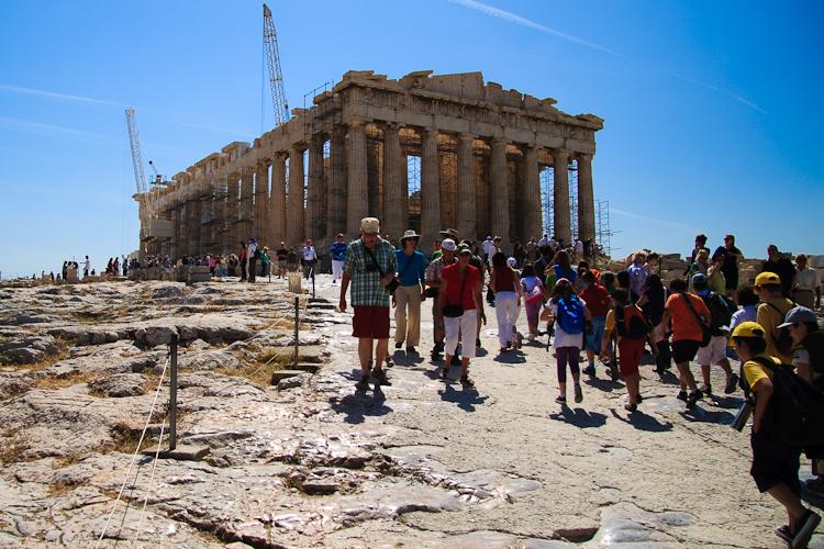 Cum îşi cheltuie europenii banii în vacanţa de vară?