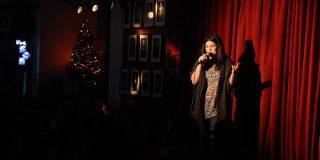 Spectacol de stand-up comedy, la Teatrul În Culise