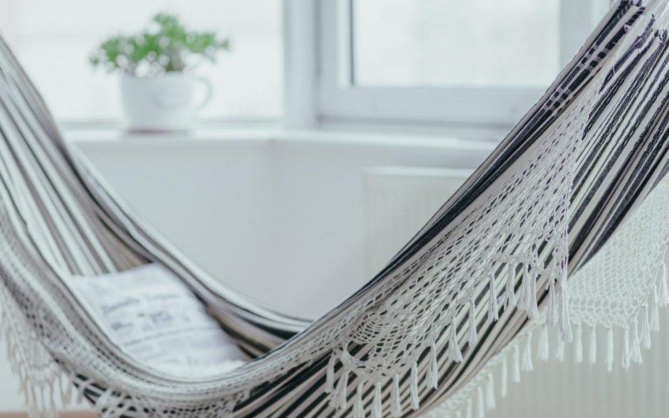 Unul din trei adulți are mai puțin de 10 ore de timp liber pe săptămână