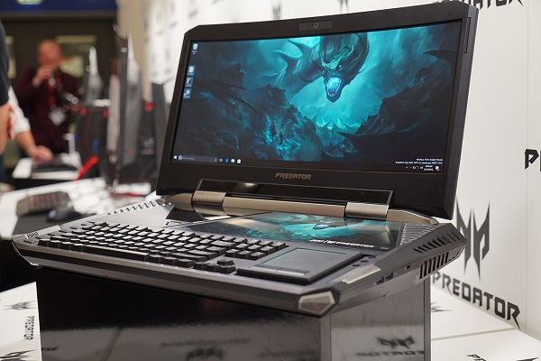 Bucharest Technology Week: roboței, Toyota Hybrid, trotinetă electrică și cel mai puternic laptop de gaming din lume