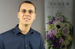 Costin Speciac a lansat, de curand Serendipity - un business dedicat aranjamentelor florale