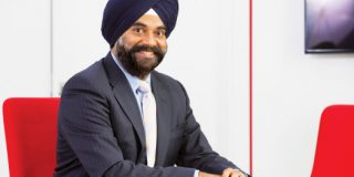 Ravinder Takkar isi incheie mandatul de CEO al Vodafone Romania