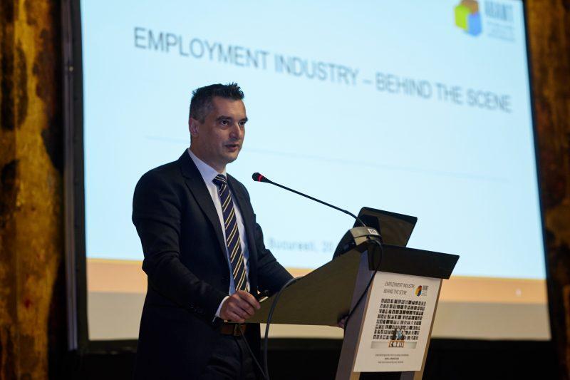 Peste 61.000 de contracte de muncă temporară asigurate in 2017