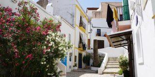 Destinații sigure în care e mai ieftin să călătorești singur