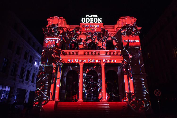 Peste 2000 de vizitatori au intrat in universul Ralucai Bararu la Teatrul Odeon