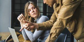 Cum iti controlezi emotiile in timpul unei discutii dificile