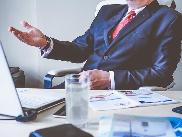 Cum gestionezi un sef dificil