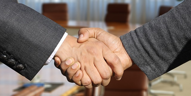 Creaza o conexiune in afaceri, prin cinci intrebari