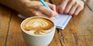9 obiceiuri simple care te vor ajuta sa vii cu idei si mai bune