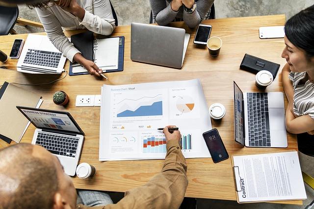 Studiu Valoria Managerii ajusteaza perspectiva de crestere a afacerilor in 2018
