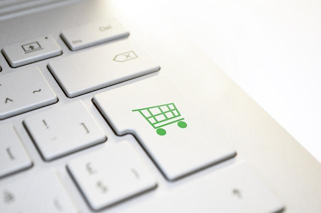 Virtualizarea cumparaturilor in Romania_2.png