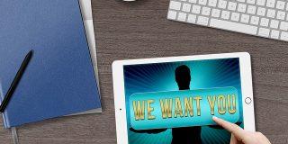 Daca esti in punctul de a accepta oferta pentru un nou loc de munca, ar trebui sa iei in considerare contraoferta sefului tau