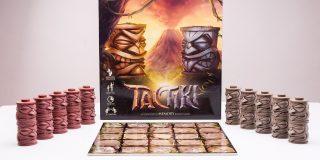 TacTiki este un joc nou, inovator, pentru doi jucatori, bazat pe strategie si memorie.