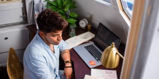 Ești freelancer sau antreprenor? Construiești o companie sau mica ta afacere este un job?