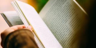 Cărți pentru îmbunătățirea vorbitului în public