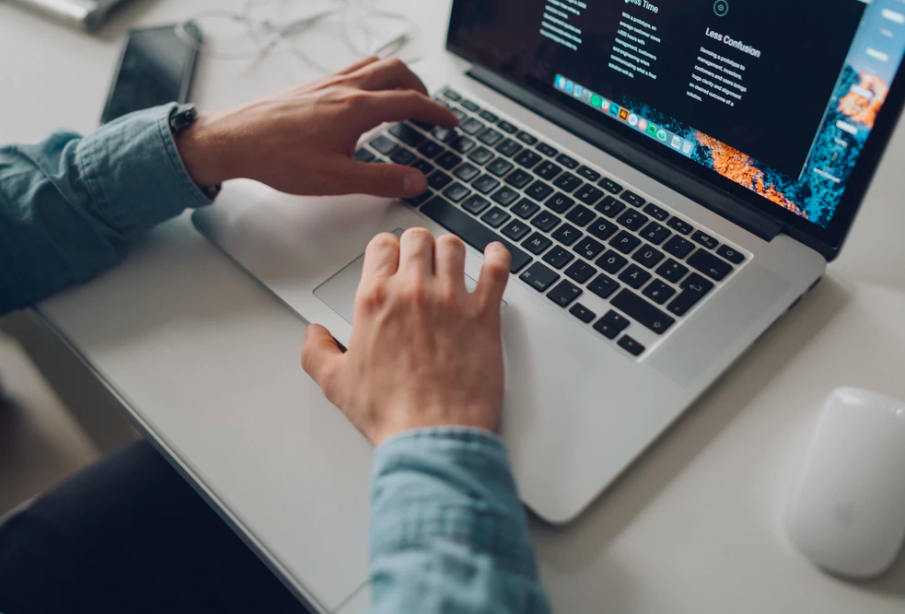 Adobe Romania are 100 noi pozitii deschise pentru angajare