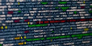 O persoana din trei nu stie cum isi poate proteja datele private online