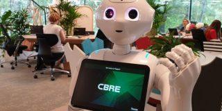 CBRE are in echipa sa primul robot humanoid dintr-o companie de real estate din Romania