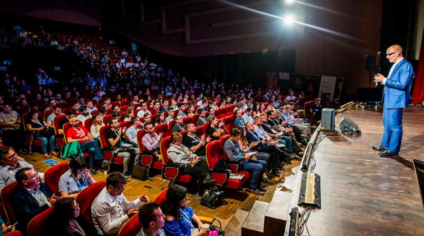 Techsylvania a atras peste 3.000 de participanti la conferintă, hackathon, evenimente si competitia startup-urilor