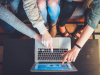 Studiu: Ce cumpara romanii cel mai des in lunile de vara de pe internet