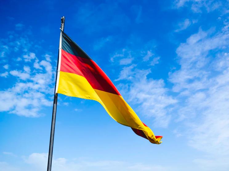 """Romanii spun """"danke"""" la cumparaturi. Topul companiilor romane cu capital german, alcatuit majoritar din retaileri"""